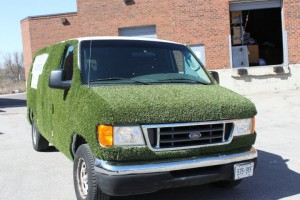 Grass van, turf van, sodding